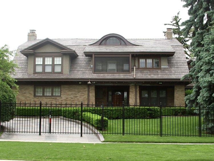 warren-house